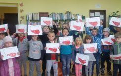 Więcej o: O symbolach narodowych z przedszkolakami